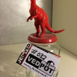 L | Dinosaurus| Rood